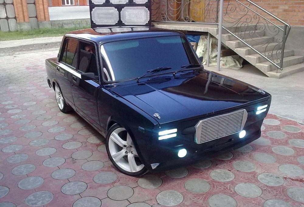 Тюнингованный ВАЗ 2107