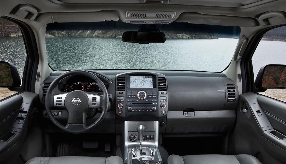 Интерьер Nissan Pathfinder R51