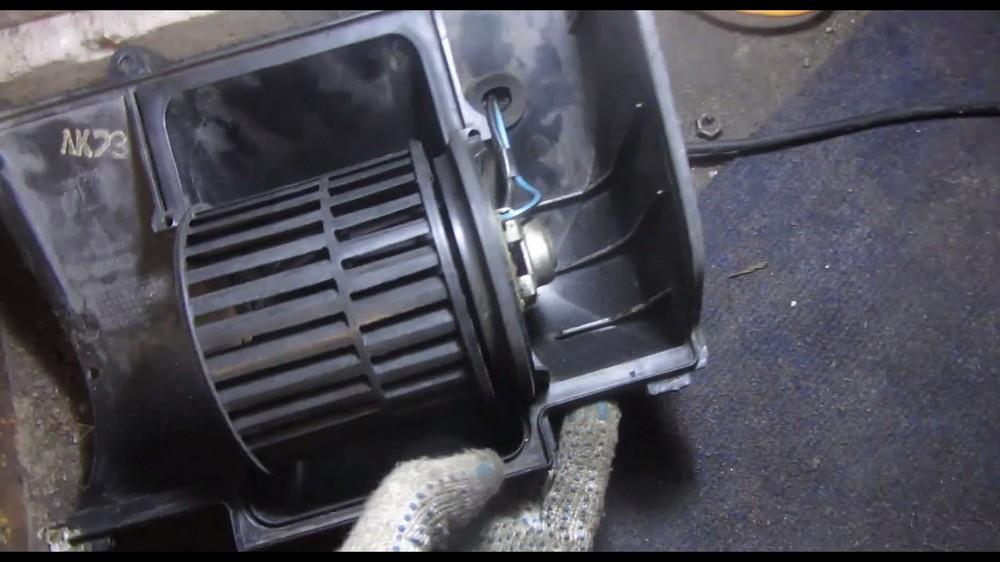 Замена вентилятора печки на ВАЗ 2112