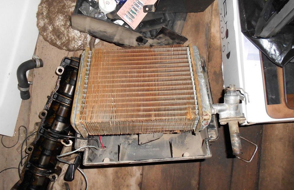 Чистка радиатора печки ВАЗ-2110