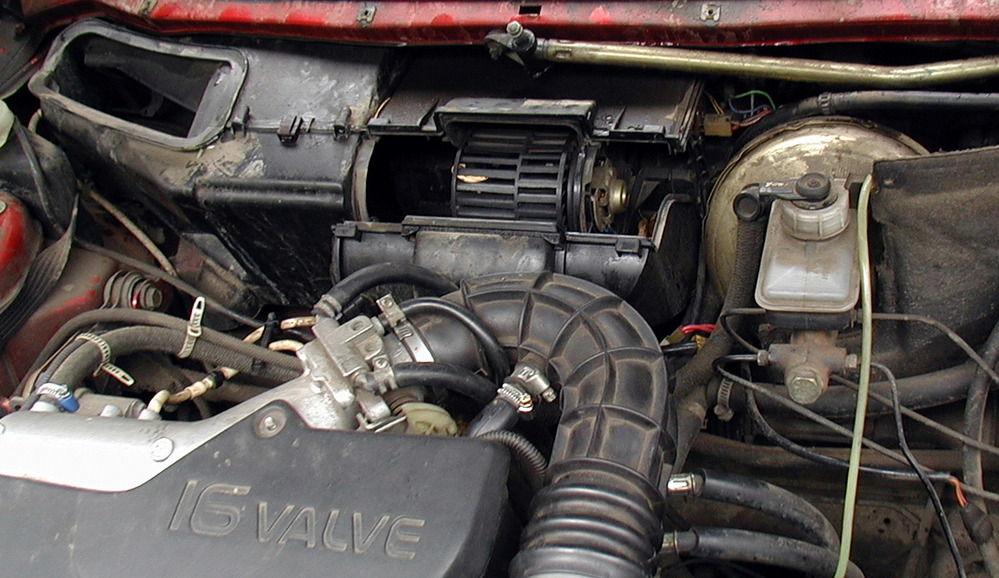 zamena patrubkov pechki VAZ 2110 - Шланги отопителя ваз 2110