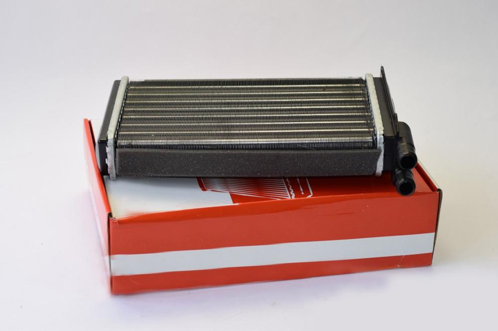 Алюминиевый радиатор отопителя