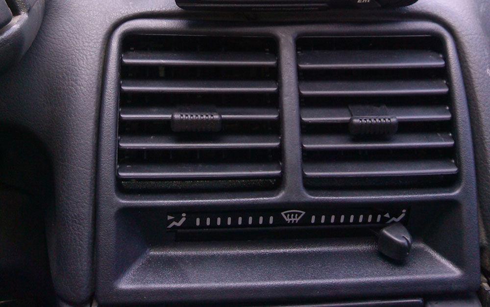Дефлектор в ВАЗ-2110