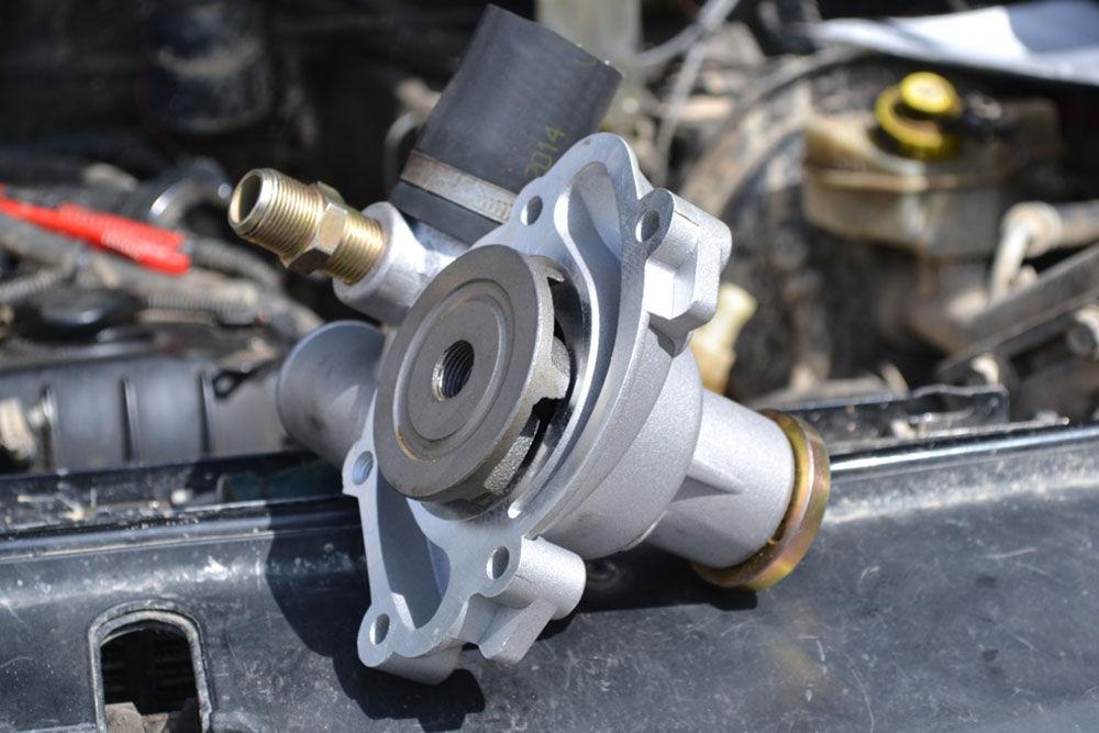 Замена помпы мотора