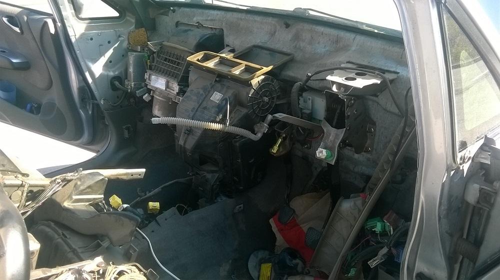 Замена радиатора печки Honda Fit