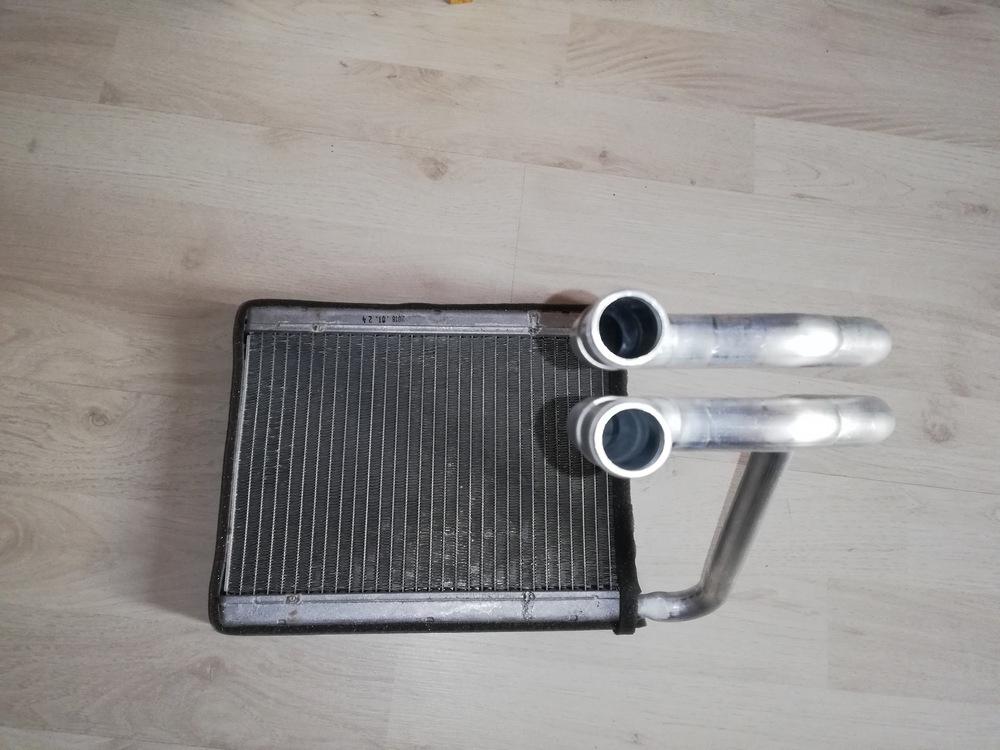 Радиатор отопителя на Hyundai Tucson