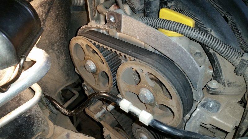 Ремень ГРМ автомобиля Nissan Almera