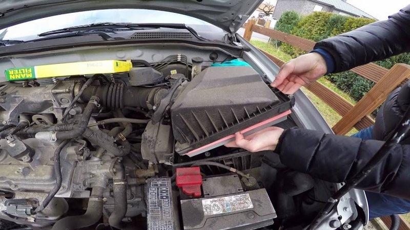 Воздушный фильтр Nissan Almera