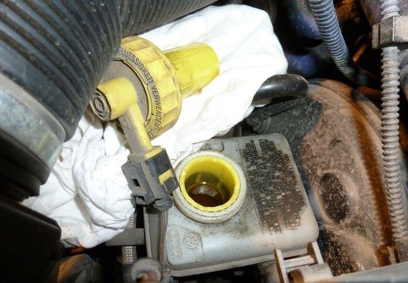 Тормозная жидкость Skoda Octavia A7