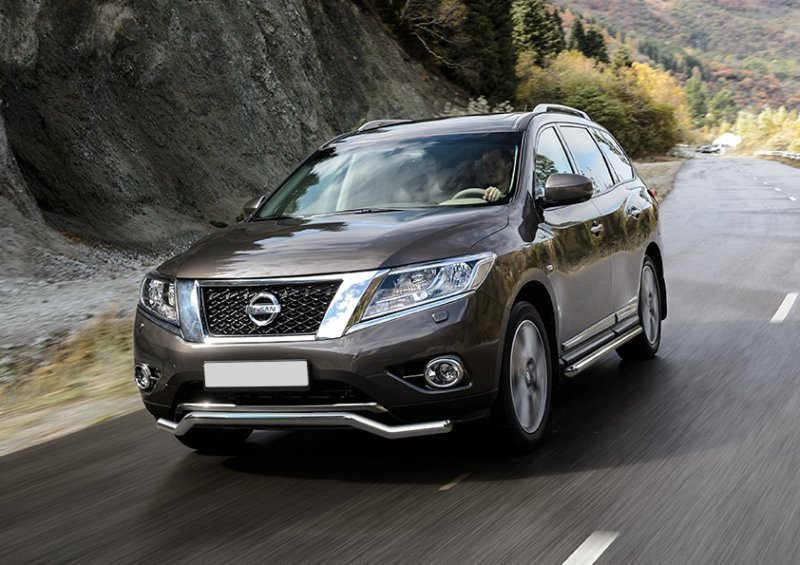 Внедорожник Nissan Pathfinder