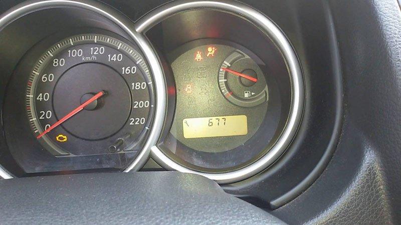 Панель приборов Nissan Tiida