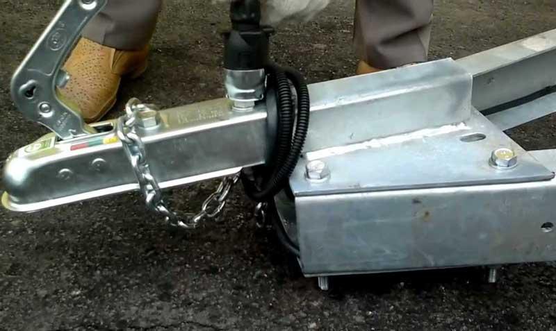 Сцепное устройство для прицепа