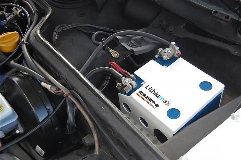 Литиевый аккумулятор в машине