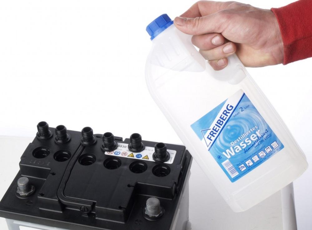 Вода в аккумулятор