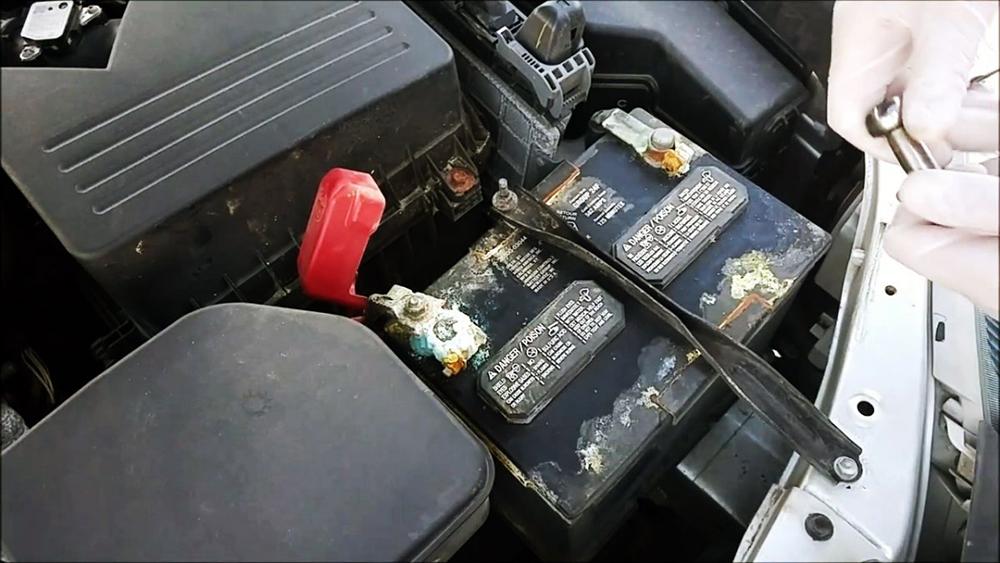Контакты аккумулятора в авто