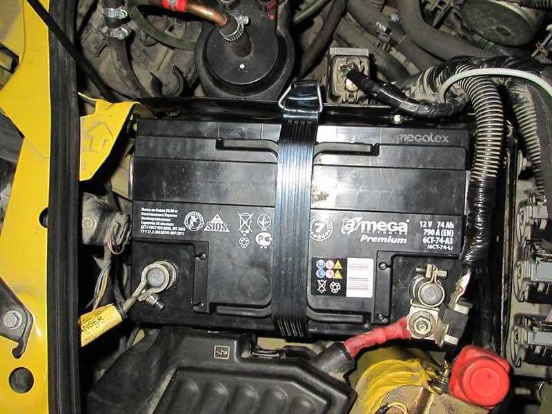 Отключить автомобильный аккумулятор Renault Kangoo