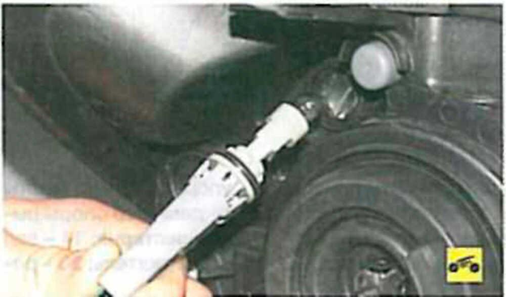 Проверка лёгкости вращения подшипника