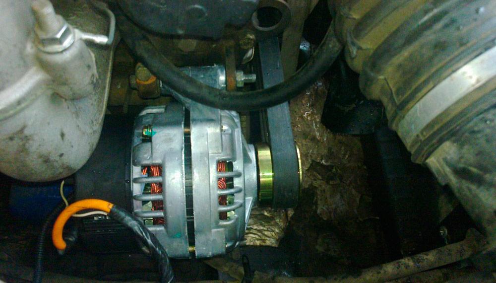 замена генератора и ремня приводя УАЗ Hunter