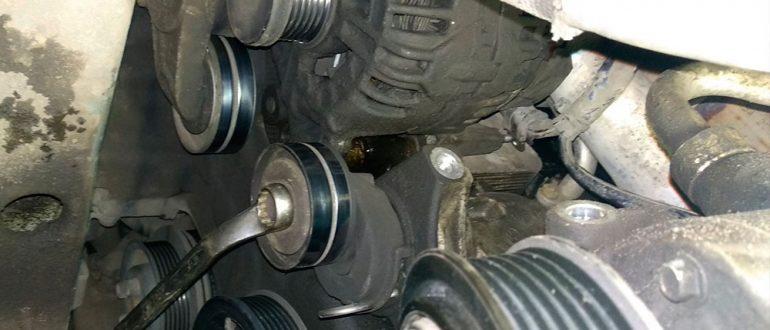 замена генератора на кроссовере Volkswagen Tiguan