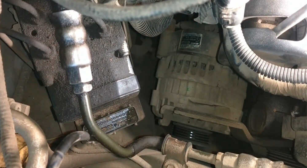 Как самостоятельно отрегулировать и заменить ремень генератора Hyundai Sonata