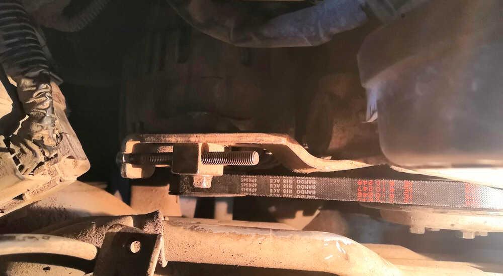Замена ремня генератора Hyundai Sonata