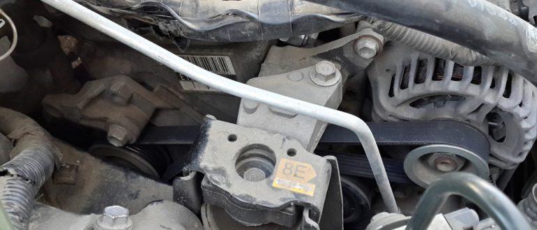 Замена ремня и генератора Toyota Avensis